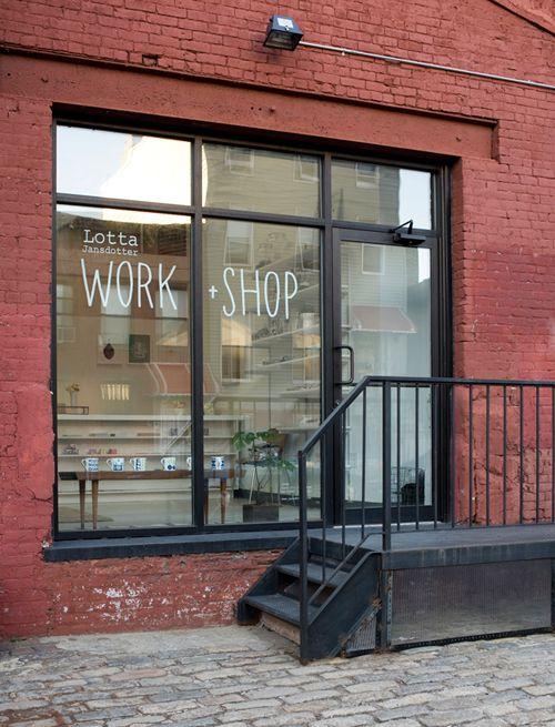 Lotta Jansdotter storefrontStores Front, Lotta Work Shops, Lotta Jansdotter, Design Sponge, Jansdotter Storefront, Work Spaces Shops, Windows Design, Studios Workshop, Shops Front