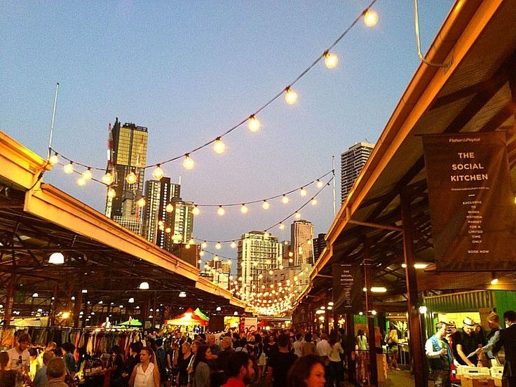 Night Market at Queen Vic Market. For foooood