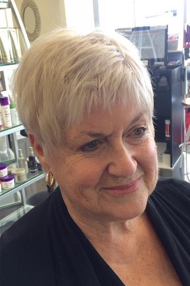 Blonde Layered Crop ❤ Kurze Frisuren für Frauen über 60 können sehr schön aussehen … – www.womentrends.c … – # HairstylesForWomenOver50