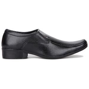 Buy formal shoes online from Homeshop18 in amazing variety and designs and at a discount of up to 83%. Buy formal shoes online in the tip shape of narrow, pointed, round, square etc. from the brands of Adam's heel, Marco Ferro, Red chief etc.