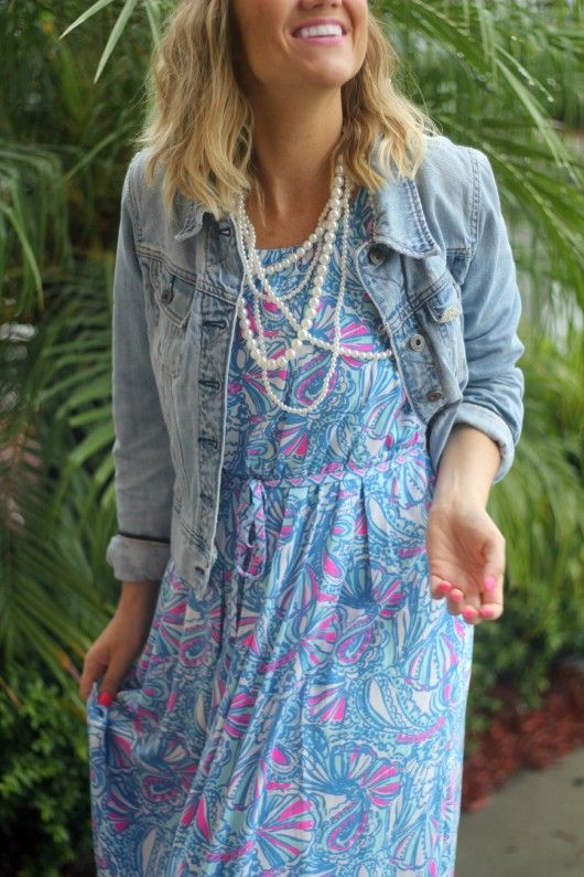Lilly Pulitzer for Target Maxi Dress in My Fans with a jean jacket and pearl statement necklace