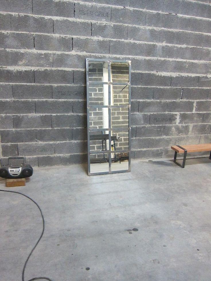 17 meilleures id es propos de miroir industriel sur pinterest carreaux de miroir poser du. Black Bedroom Furniture Sets. Home Design Ideas