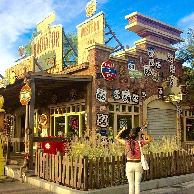 【eri___26】さんのInstagramをピンしています。 《カリフォルニアアドベンチャー楽しすぎた🏰また行けるように帰ったらいっぱい働いてお金貯めよう。 #l4l #instagood #coffee #California #disney #canon #travel #starbucks #海外旅行 #旅行 #海 #サンフランシスコ #アメリカ #一人旅 #星条旗 #ディズニー》