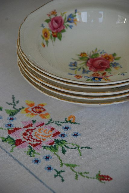 vintage Homer Laughlin china embroidered tablecloth