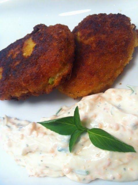 Οι καλύτερες συνταγές μου... με μπαχαρικά και μυρωδικά: Μπιφτεκάκια λαχανικών σε αρωμτικό ντιπ γιαουρτιού