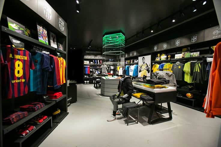 Football Temple Milano Retail branding FutureBrand Italia