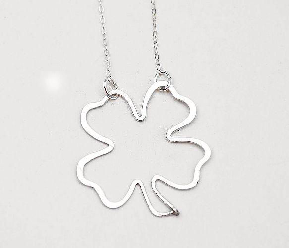 Luck Clover Necklace