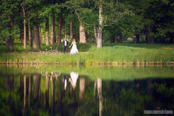 Park w Bukowcu - fotografia ślubna Wrocław http://fotografiauroczystoscislubnych.pl/ Zapraszam!