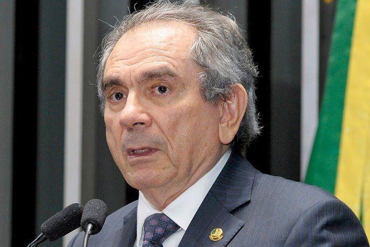 Raimundo Lyra defende reforma política com cláusulas de barreiras para p...