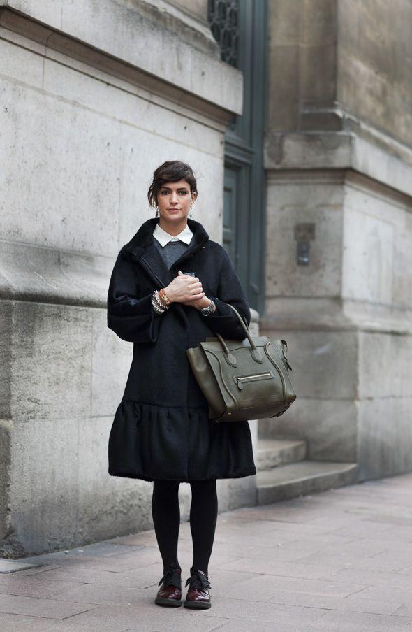 The Sartorialist: On the Street…..Rue des Ecoles, Paris: White Collars, Vogue Paris, Celine Bags, Outfit, The Sartorialist, Paris Street Style, Winter Coats, Scott Schuman, French Style