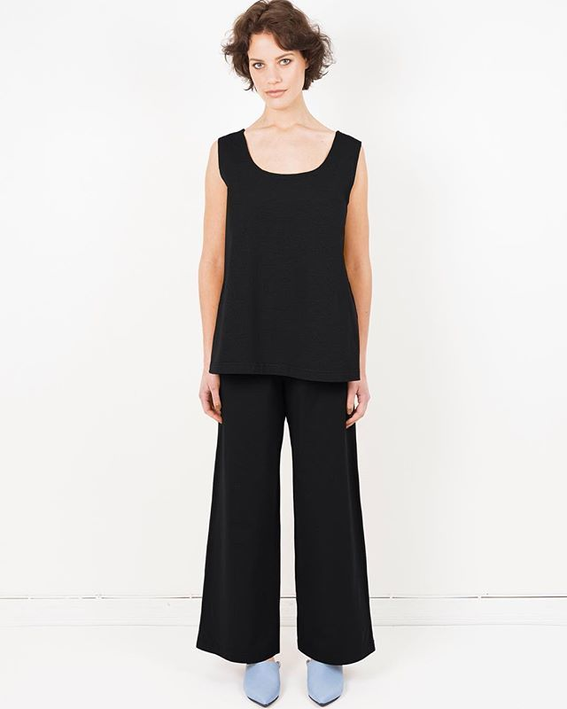 New in | our Hilja top and Hadley trousers are also available in New York black - now in stores and online!  #arelastudio  #alonetogether #ss16 #cotton  www.arelastudio.com