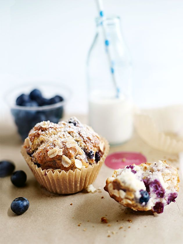 blueberry, oat and yoghurt muffins