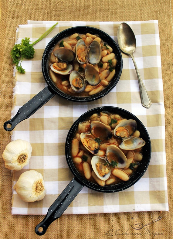 Fabes con almejas butter beans with clams recipes from for Asturias cuisine
