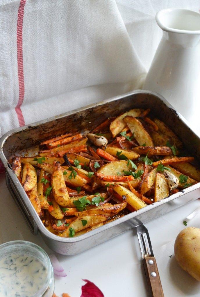 Légumes rôtis à la sauce barbecue et crème aux fines herbes - Eat me Baby