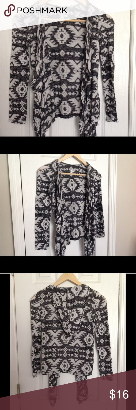 Girl's JUSTICE Aztec print Cardigan Sweater size 8 Girl's Aztec print, lightweight hooded cardigan in Grey + White, size 8. Sweater has never been worn and is in new condition. Willing to consider reasonable OFFERS! Justice Shirts & Tops Sweaters
