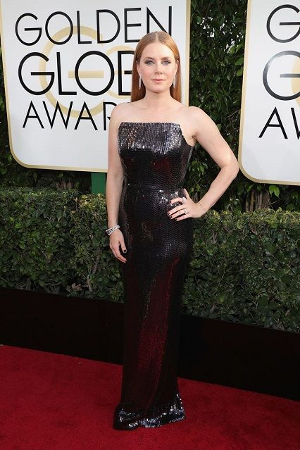 Amy Adams in Tom Ford ai Golden Globe Awards 2017