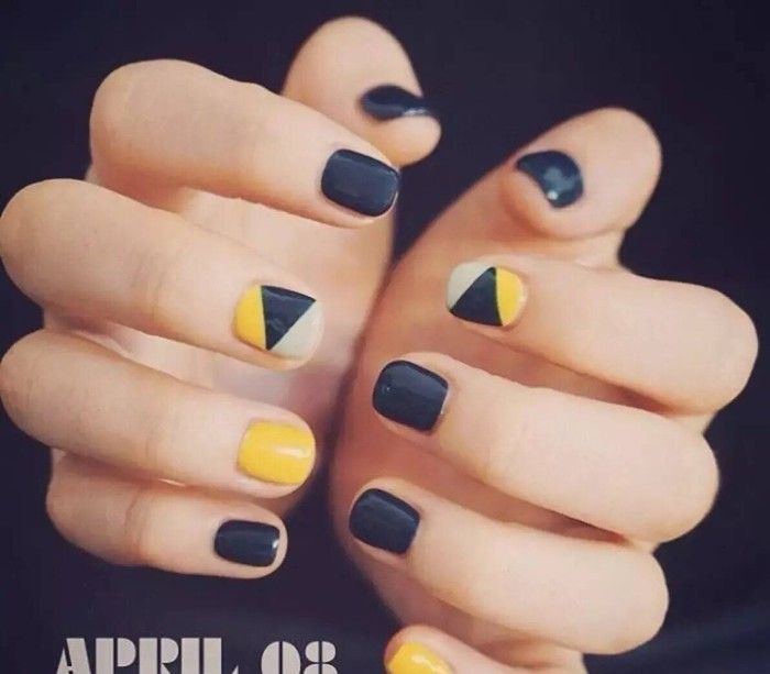 Geometric shape nail art design