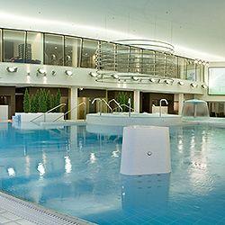 Spa-hotelli Tallinnassa muutaman minuutin kävelymatkan päässä Toompean mäeltä ja Vanhastakaupungista. #spahotel #ParkInnTallinn #eckeroline