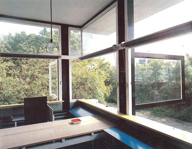 Overy, Paul. The Rietveld Schröder House. Cumberland: MIT Press, 1988.