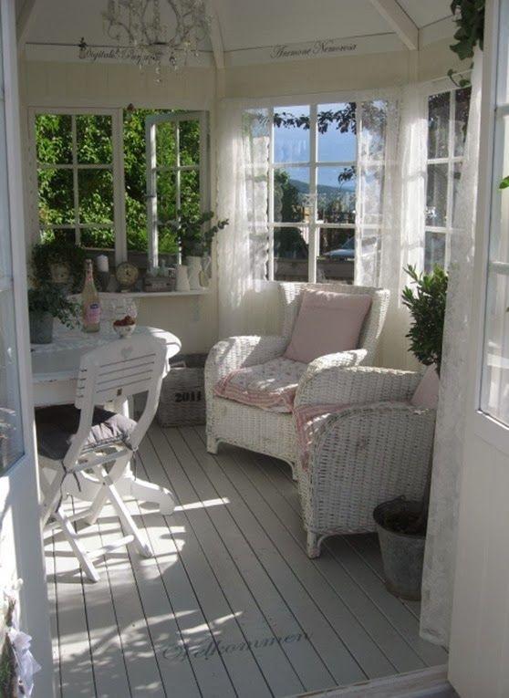 <3 <3 <3 this little porch   !mmhagenigutuablogspotit14