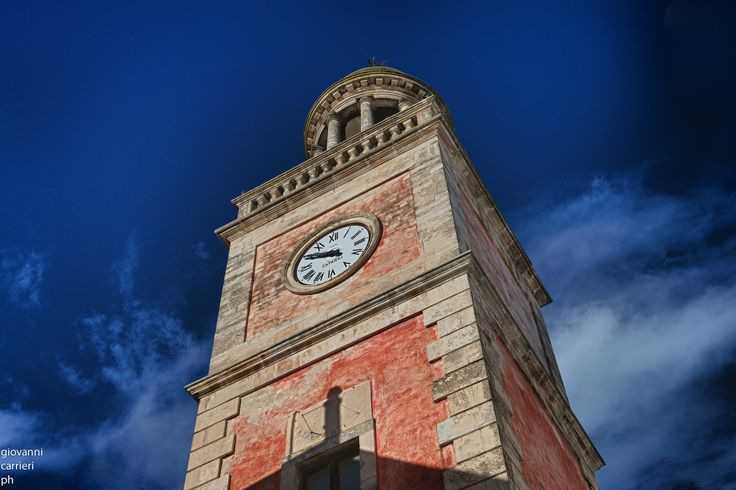 Clock Tower - Noci