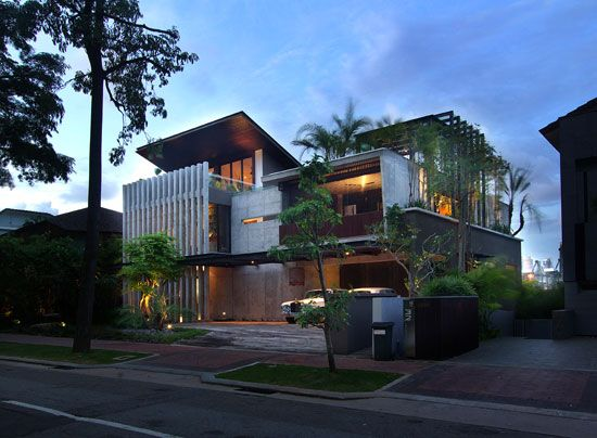237 best tropical architecture images on pinterest for Modern tropical house design
