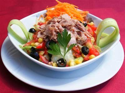 Ton Balikli Diyet Salata Tarifi - http://www.birleydi.com/2014/04/ton-balikli-diyet-salata-tarifi.html
