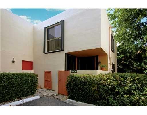 Townhouse For Sale , 3079 Ne 183 Ln No 79, MLS: A1514994