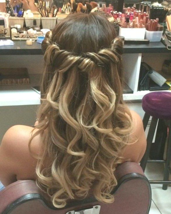 Top 20 Most Wanted Long Hairstyles For 2019 Graduation Balls That Are Simply Stu Balls Graduation Hairstyles Long Hair Styles Hair Styles Prom Hair Up