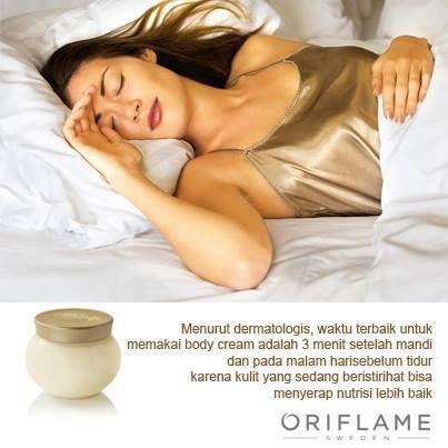 Waktu yang baik untuk memakai body cream adalah setelah mandi dan sebelum tidur
