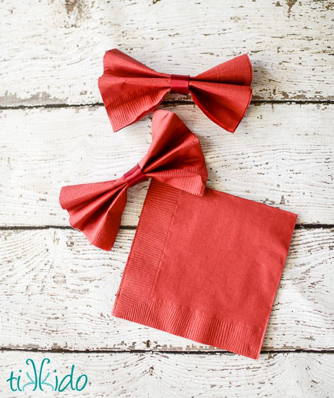 Bowties are cool. Oh yes. So why not whip up some quick and easy bow tie napkins for your Doctor Who party? They make everything fancy and fun!