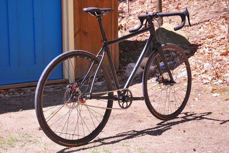 44 Bikes : CUSTOM ROAD BIKES