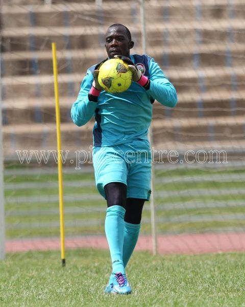 Harambee Stars goalkeeper Jerim Onyango in action during training session at Nyayo National Stadium on May 14, 2014. Stars will play Comoros Island in the 2015 AFCON preliminary match on Sunday at the same venue. Photo/Fredrick Onyango/www.pic-centre.com