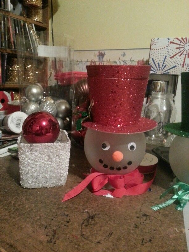 Rose bowl snowman crafts pinterest snowman rose for Plastic fish bowls dollar tree