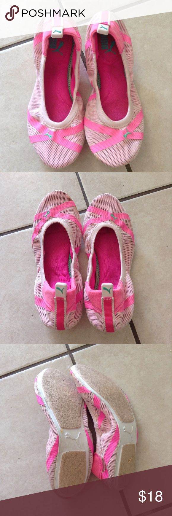 Puma flat shoes size 6 Need some cleaning, very good condition Puma Shoes Flats & Loafers