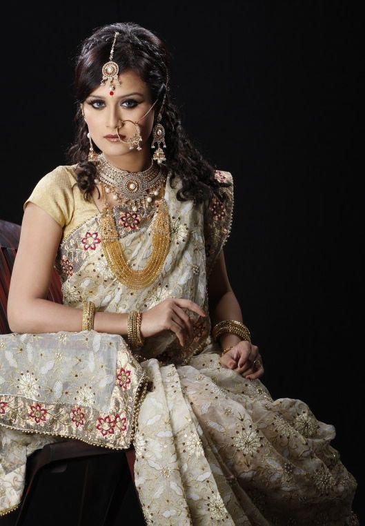 Bangladesh attire | Tags: bangladeshi bridal fashion 2012 , bangladeshi fashion house rang ...