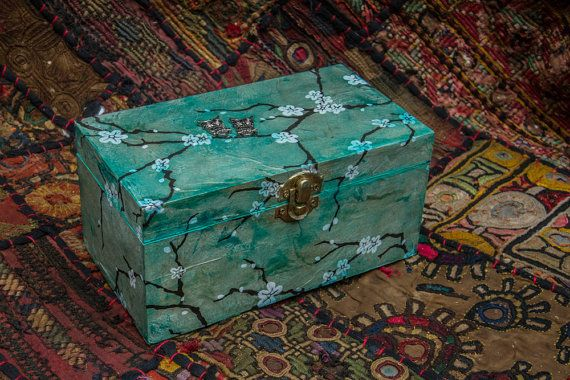 green owl charm trinket/ jewellery box by justthingsz on Etsy, $23.00