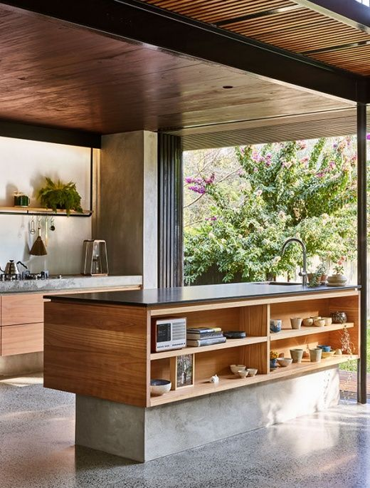 jungle treehouse meets urban family home in brisbane home rh pinterest es