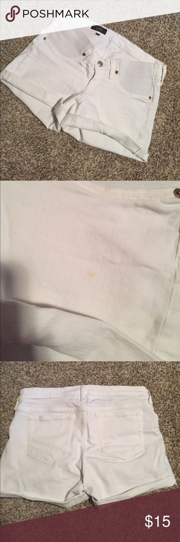 White Denim JCrew maternity short Size 29, gently used, white denim maternity shorts with built in bands at sides. Raw hem or cuff them for a cute summer style! Small stain on the left front as seen in the photo above, but would probably come out with a wash. Very stretchy. J. Crew Shorts Jean Shorts