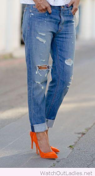 Boyfriend jeans with orange high heels