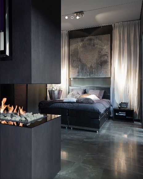This room show cases only neutral colours. This type of room gives a very classy feel. Neutrals paired with neutrals gives a mature feel to the space.
