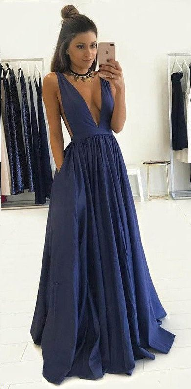 2017 New Arrival Navy Blue V Neckline Prom Dress Sexy Satin Evening Dress for Girls