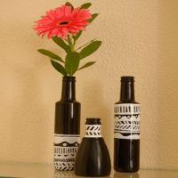 черно-белые вазы из бытылок — СВОИМИ РУКАМИ