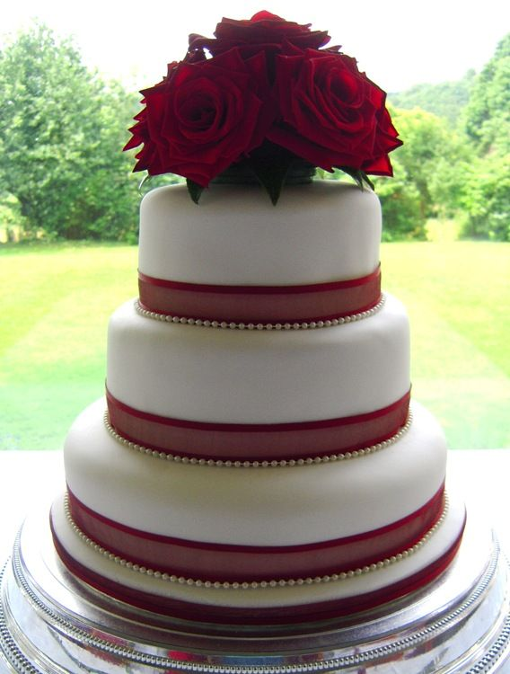 Fancy Red Rose Cake Let Them Eat Cake Pinterest Floral Wedding Cakes Wedding Cake And Cake