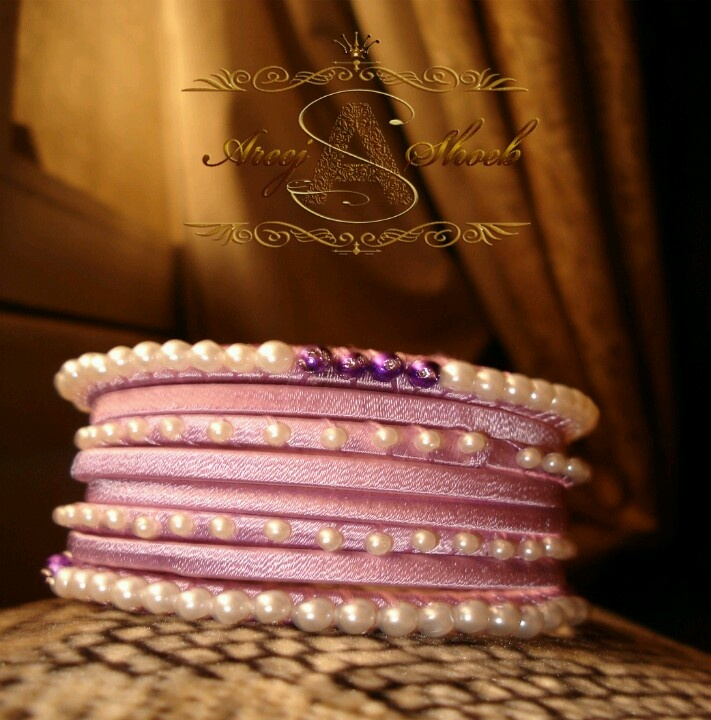 Art No: b-01 Purple silk thread bangle with beads work