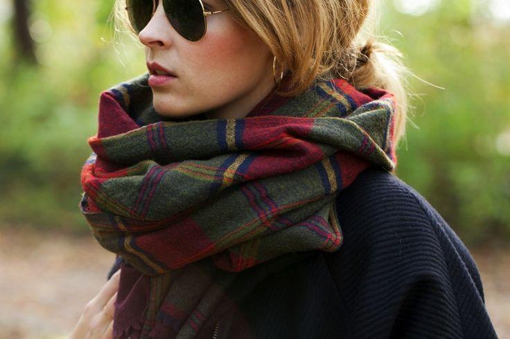 Comment porter une charpe femme blog and comment - Porter une echarpe ...