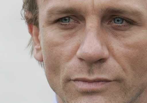Daniel Craig :: DanielCraig13.jpg image by Zukkertrold - Photobucket