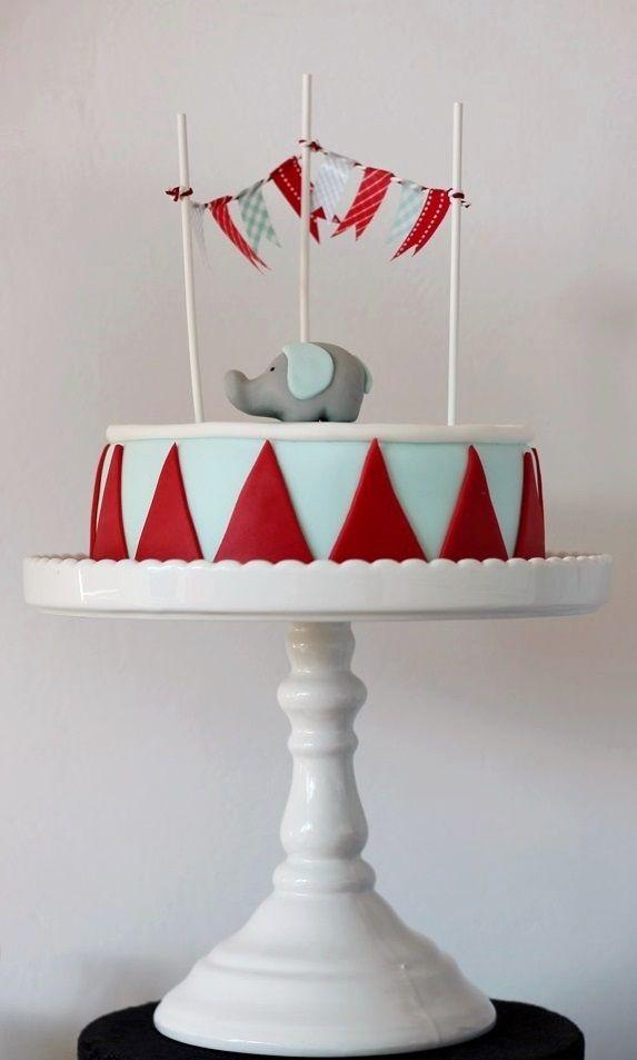 Super cute circus cake #bunting #heffalump #birthday
