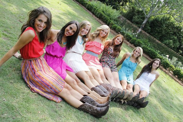 Athens Senior Photography Cute Senior Photo Of Best Friends Or Sorority Sisters Everyone In