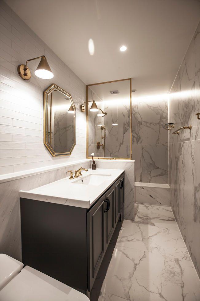 Modern House Bathroom by DESIGNDDUGY